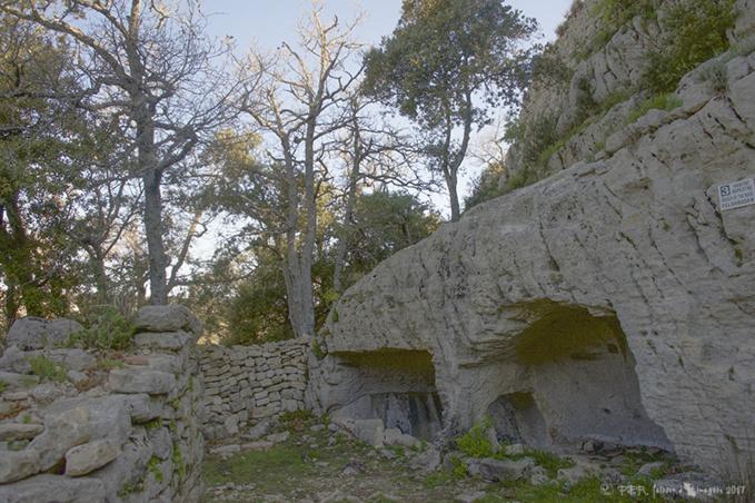 Le mystérieux Fort de Buoux
