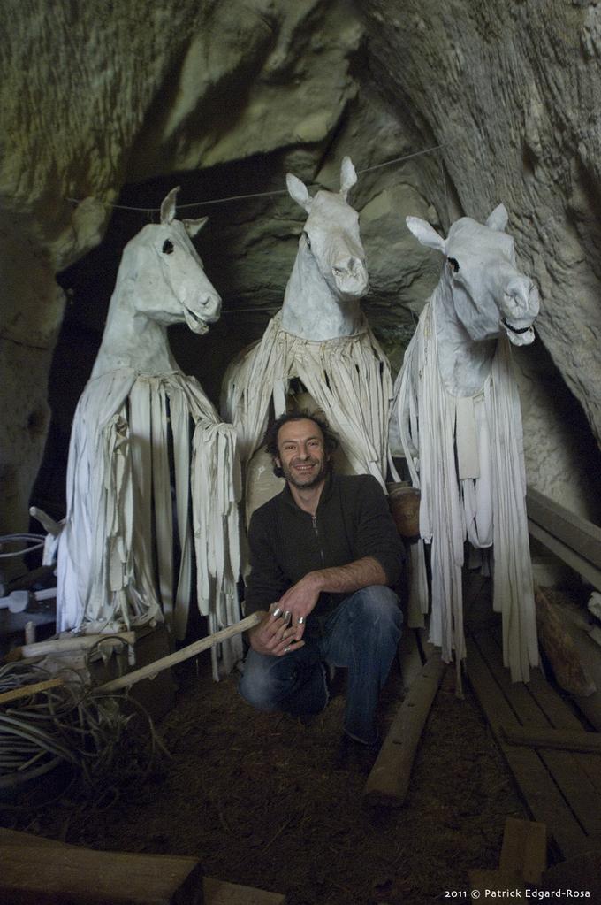 Yanos, le sculpteur aux mille galops