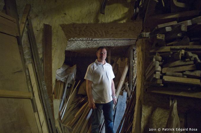 Laurent, ébéniste de père en fils et brocanteur à Villaines-les-Rochers (37)