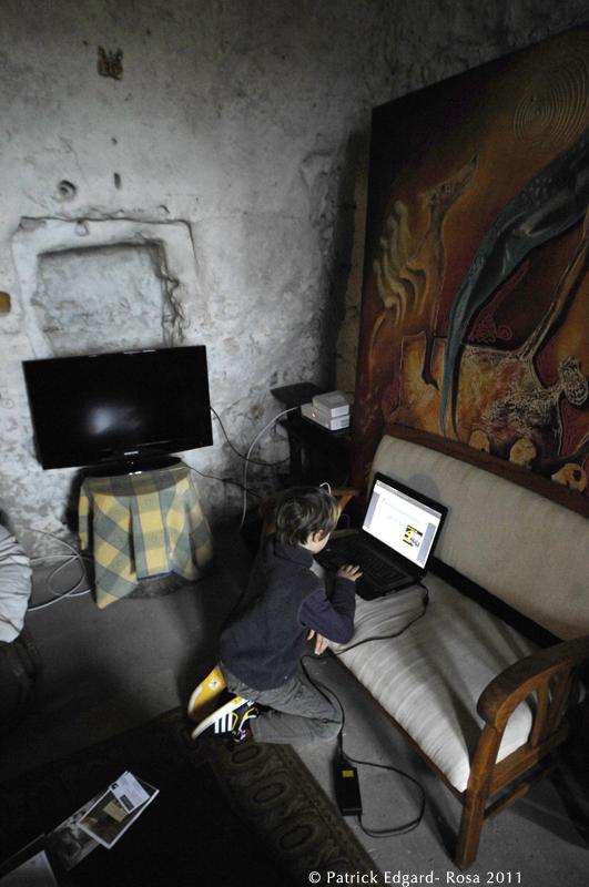Troglo de falaise d'Isabelle Joly, 9 octobre 2011.