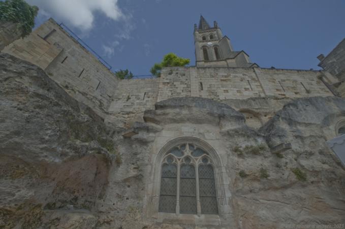 Saint-Emilion, entre vins et caves