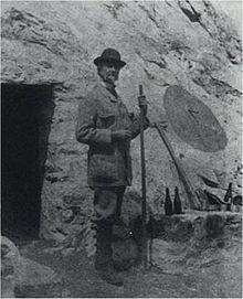 Le comte Henry Russel, alpiniste excentrique... et troglodyte