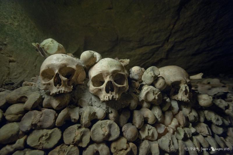 Passez la nuit de Halloween avec Airbnb dans les Catacombes