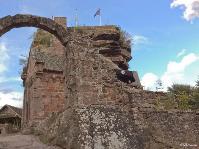 Un château-roche  en Alsace