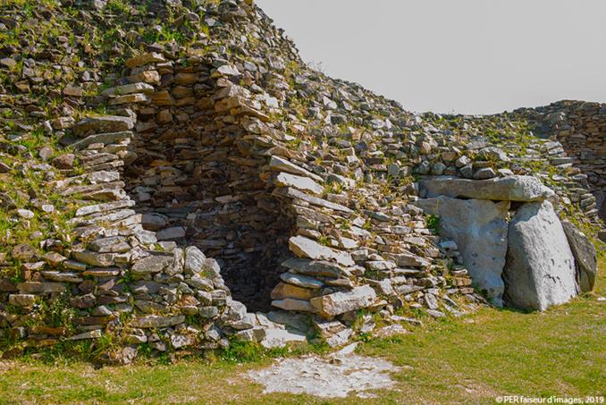 Les mystères du Cairn de Barnenez
