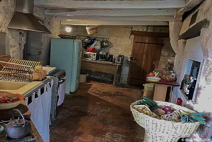 Intérieur troglo : un salon troglo et des rêves de bâtisseur (3)
