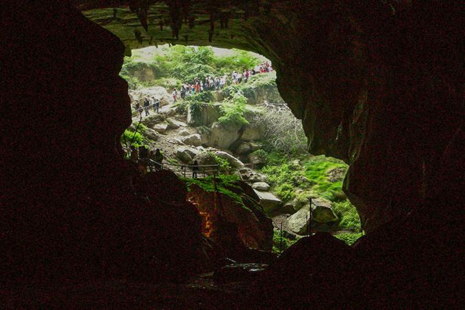 Deep Time, de l'usage des grottes