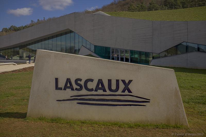 Lascaux, de fond en comble (1)