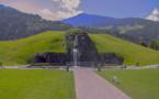 Le géant et les mondes de cristal de Swarovski