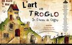 Saint-Etienne-de-Chigny: Art in Caves