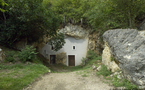Tuffeau story :  le village de Bourré